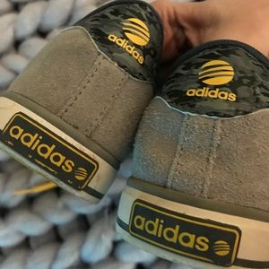 on sale 08304 5c189 adidas Shoes - Gray suede adidas neo label sneakers